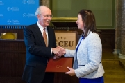CEU President and Rector John Shattuck presents Dr. Eleanor Denny (Trinity College, Dublin) with the inaugural European Award for Excellence in Teaching in the Social Sciences and Humanities. Photo credit: CEU/Daniel Vegel